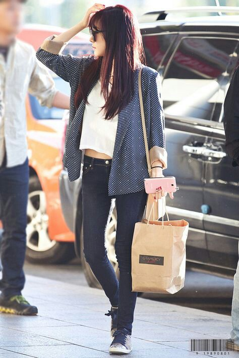 Iphone Wallpaper Fitness Quotes Airport Fashion Girls Generation Hair Hwang Kpop