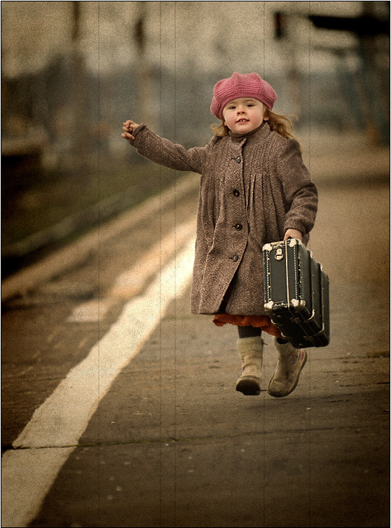 Cute Bow Iphone Wallpaper Bag Leaving Little Girl Lost Train Running Image