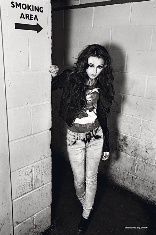 Hijab Wallpaper With Quotes Black Black And White Cher Cher Lloyd Image 658069