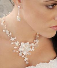 Envogue Freshwater Pearl Crystal Wedding Necklace Earring ...