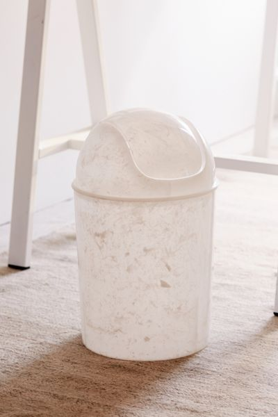 Mini Plastic Trash Can With Lid Marble Mini Lidded Trash Can