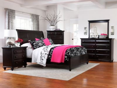 Farnsworth Sleigh Bed By Broyhill Furniture