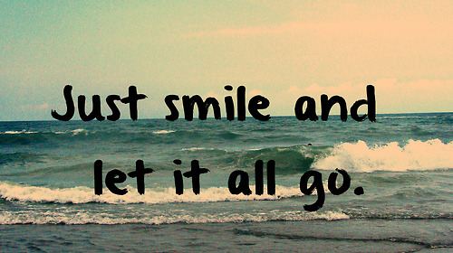 Lovely Girl Smile Wallpaper Quote Via Tumblr Image 908730 By Mollyroop On Favim Com