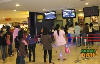 The queue at the Golden Screen Cinemas in 1Borneo