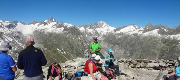 Blick vom Sidelhorn Richtung Berner Alpen mit (von links) Oberaarhorn, Finsteraarhorn, Lauteraarhorn, Schreckhorn