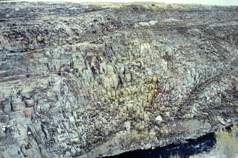 Rhyolite-welded-tuff