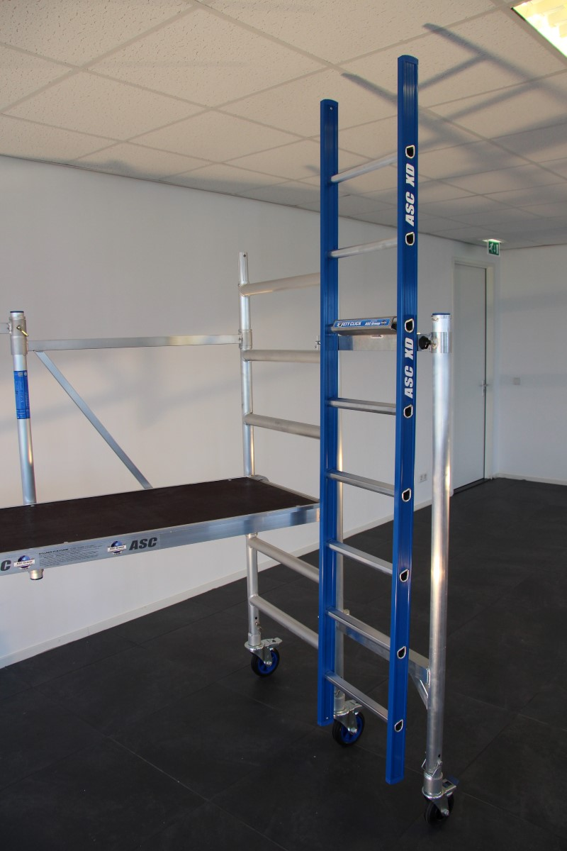 Safety Click - Ladder Ophangen Aan Muur