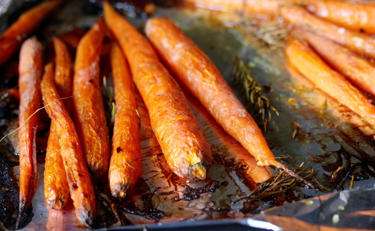 Roasted carrots with rosemary and citrus