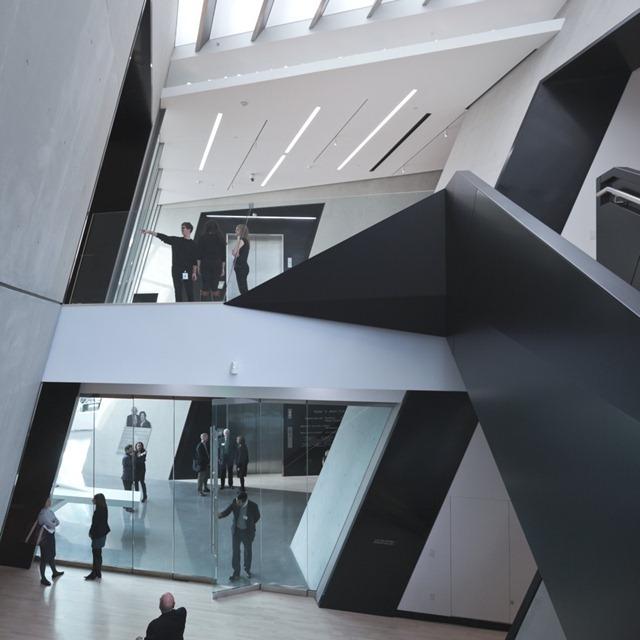 Zaha-Hadid-Architecture-Design-12-910x910