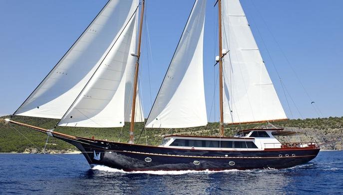 iraklis l motor sailer onar shipping