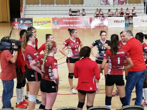 Victoire_Les_Louves_SRD_Volley-Ball (2)