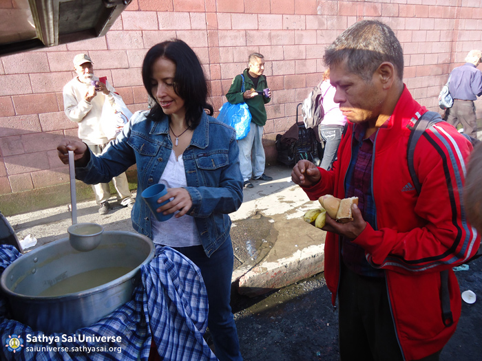 Serving the homeless in Guatemala