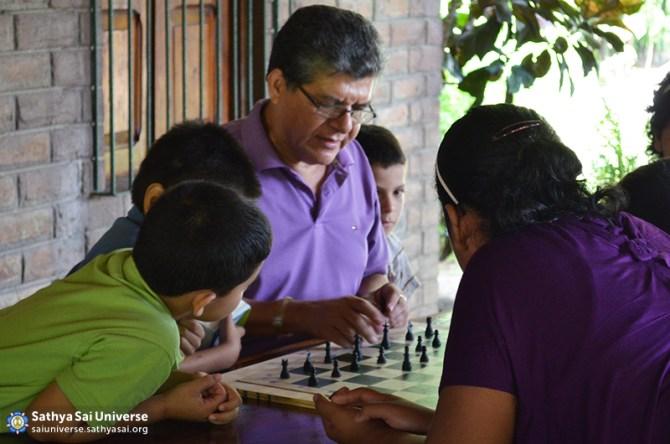 El Salvador Childrens Retreat 2015-06-21 08.49.07
