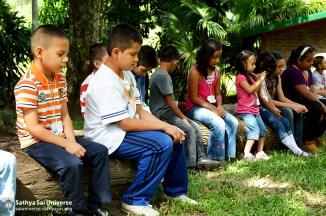 El Salvador Childrens Retreat 2015-06-21 09.38.04