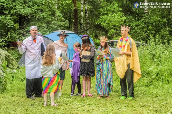 2015.06.21-25-8Z-Russia-region 5-Family camp-morning line copy