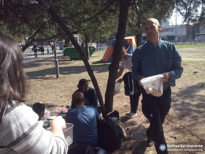 Service for the Syrian refugees in Serbia 4th October 2015 7 copy