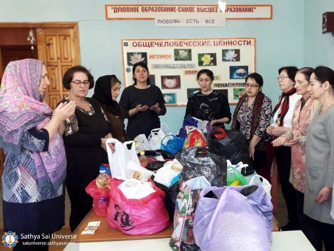 2017-03-18-z8-russia-zone-feeding-needed-4-region-prayer-before-feeding-needy