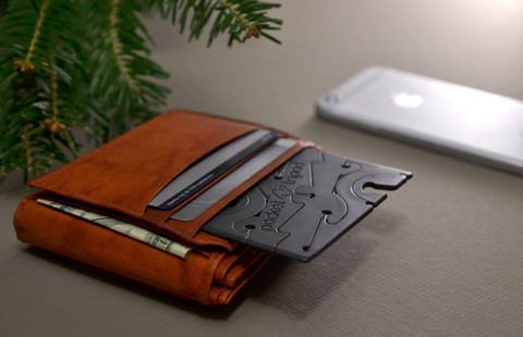 COVER_Pocket_Tripod_for_iPhone_6_card_in_wallet_large