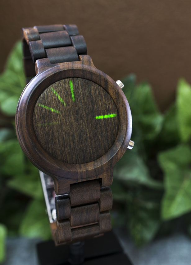 tokyoflash-kisai-blade-wood-link-led-watch4