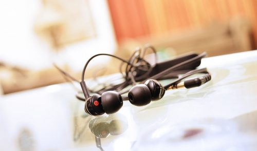 earphones-893156_960_720