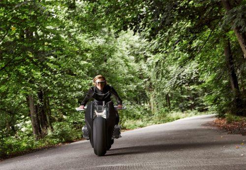 bmw-motorrad-vision-next-100-designboom06-818x564