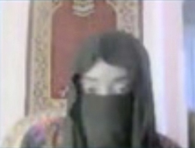 British IS terrorist called Ahmed Canter. He is in Syria, and was trying to lure a 15-year-old girl from Canada to join him in Syria to become his bride - Skype shots of him talking to his 'bride' ***INTERNET STILL FROM CANADIAN NEWS PROGRAMME 16X9 investigates ëWives of ISISí***