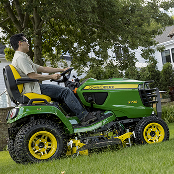 X739 Signature Series Lawn Tractor - New 4 Wheel Drive - Northland