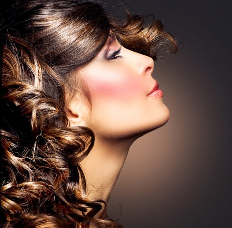 coiffeur-visagiste-homme-femme-metamorphose-beziers