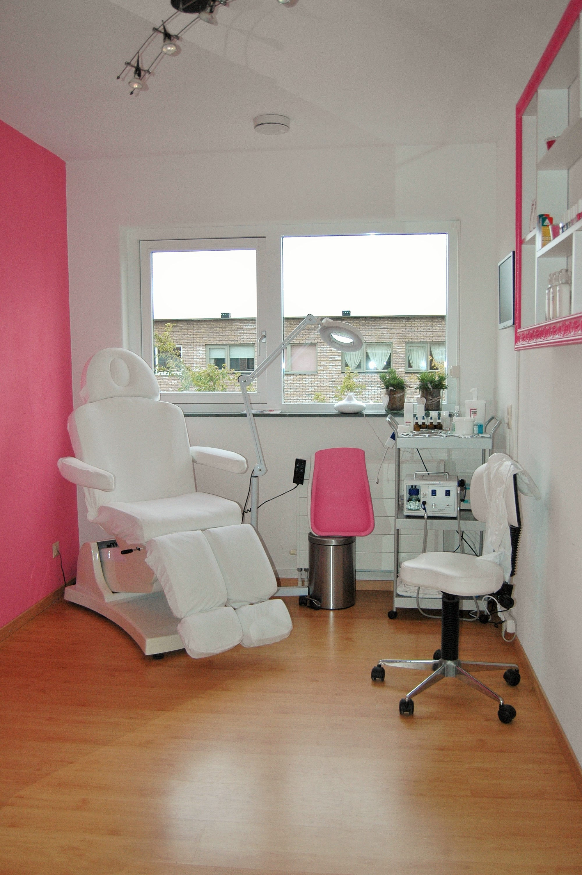 Pedicure Salon Pedicure Salon Liwonne Te Berkel En Rodenrijs Pijnacker