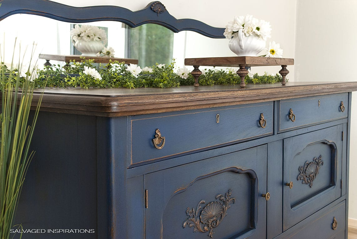 Buffet Sideboard Blue Blue Buffet Makeover Dixie Belle Paint Giveaway Salvaged
