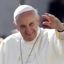Pope Francis waving to Kenyans during his Papal visit
