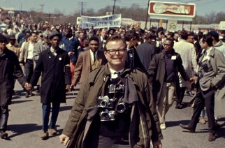 Photographer/documentarian Bob Adelman during the Selma to Montgomery march.1965.