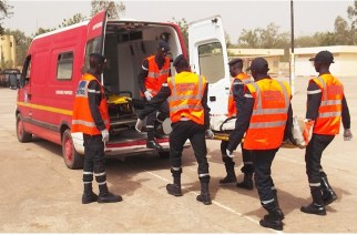 Terrible collision sur la route de Podor entre un car qui transportait une mariée et un camion, 3 morts et 26 blessés…