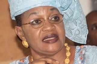 Evincée du Conseil départemental de Bambey, Aïda Mbodj dénonce «un abus de pouvoir» et annonce une plainte contre Abdoulaye Diouf Sarr.