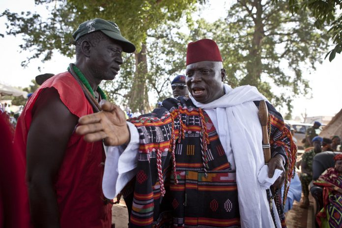 Jammeh, silence, on tue