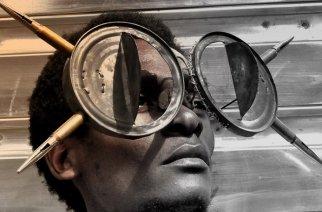 VIDÉO – Cyrus Kabiru, «OBSERVER» le continent africain à travers les lunettes de la vérité