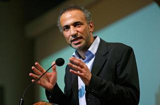 VIDÉO : Invité à animer des conférences à Nouakchott, Tariq Ramadan arrêté à l'aéroport et interdit d'entrée en Mauritanie