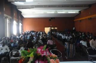 UCAO : Entrepreneuriat et micro-finance par M. Bassembo Badji