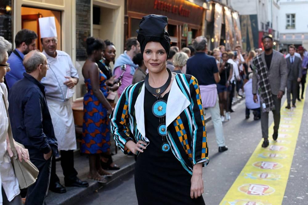 L'Afrique c'est Chic était à l'honneur, aux cotés des boutiques du Village Saint-Germain, pour un défilé de mode hors-norme avec 50 modèles. © FB