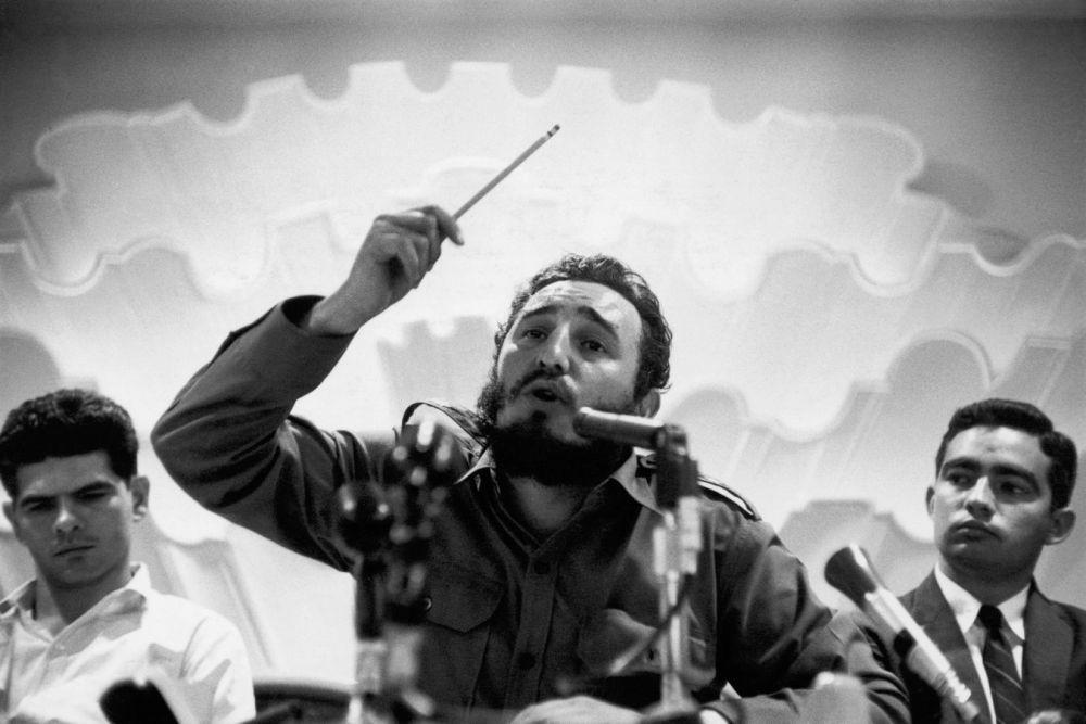 La Havane, en 1959. Conférence de presse sur la libération de la ville. Bob Henriques. Magnum Photos