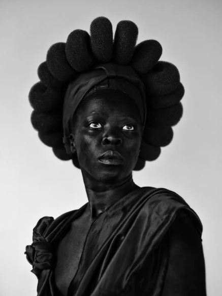 Ntozakhe II,Parktown, 2016. © Zanele Muholi-Yancey Richardson