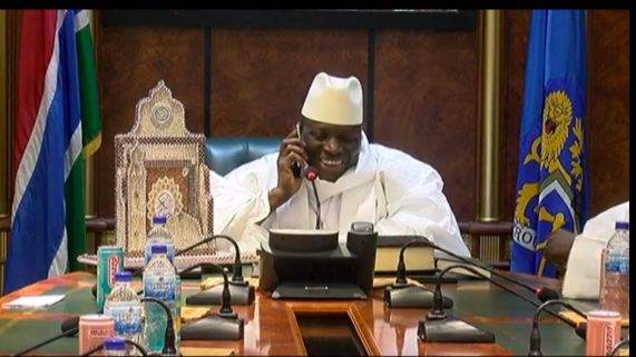 Yahya Jammeh appelle Adama Barrow