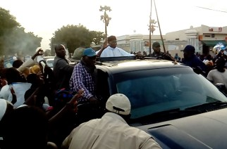 Touba : Me Abdoulaye Wade accueilli sous une forte mobilisation