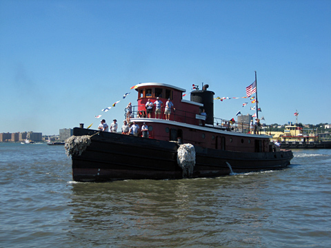 Tug Pegasus on the Hudson River