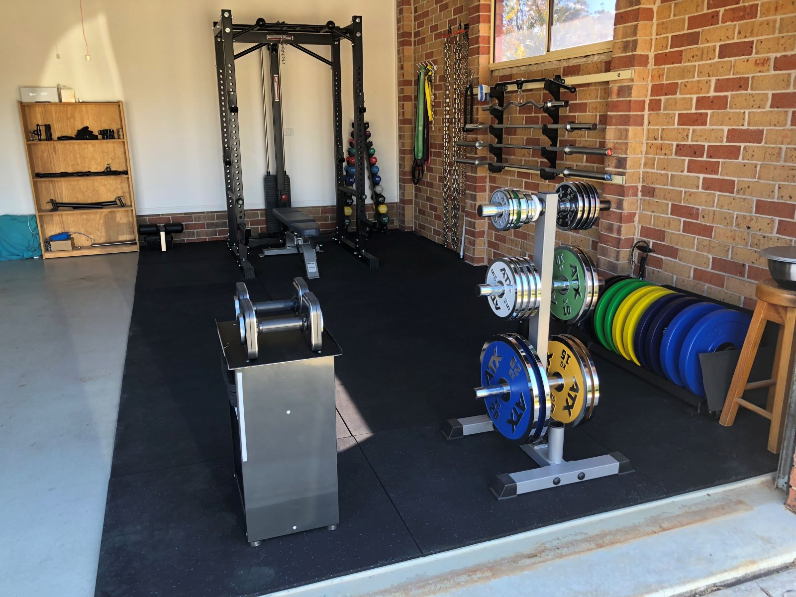 Garage Gym With Car Colins New Free Weight Training Gym