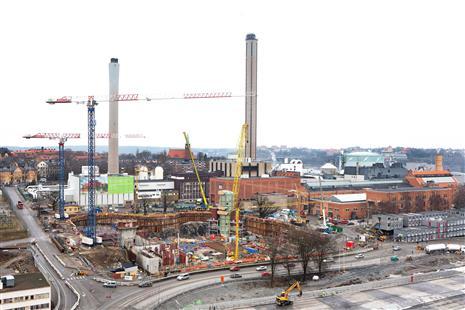 Kolkraftverket i Värtan ligger i Stockholm. Inte utanför...Vår bostadsrättsförening fick fjärrvärme därifrån. Min styrelse skaffade bergvärme och lämnade. Vad kan du göra?