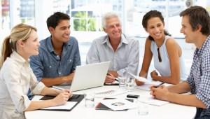 70-80 procent av chefer och medarbetare jobbar för att de måste eller för sitt CV, enligt Gallup,