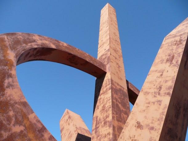 Monumento al Infinito · San Andrés y Sauces