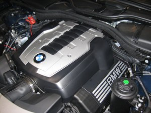 mobile mechanic working on bmw in san diego
