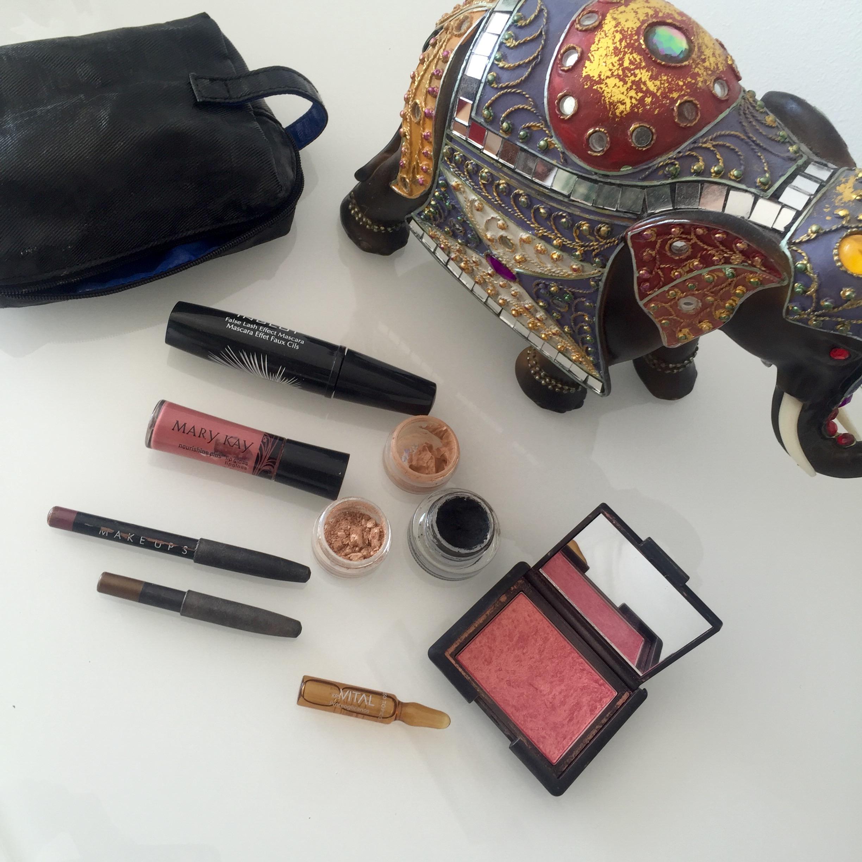 Productos de maquillaje que llevo en el bolso